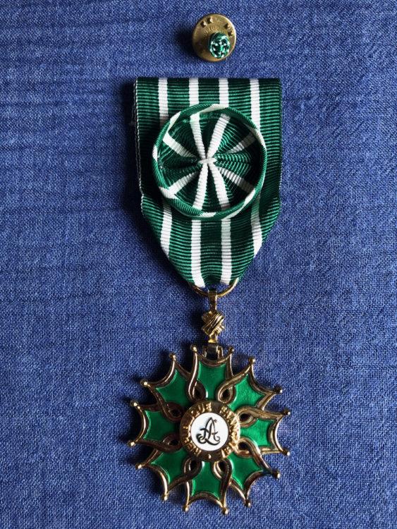 池澤夏樹がフランスの藝術文化勲章オフィシエを授与されました。
